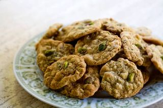 Pistachio-white-choc-cookies